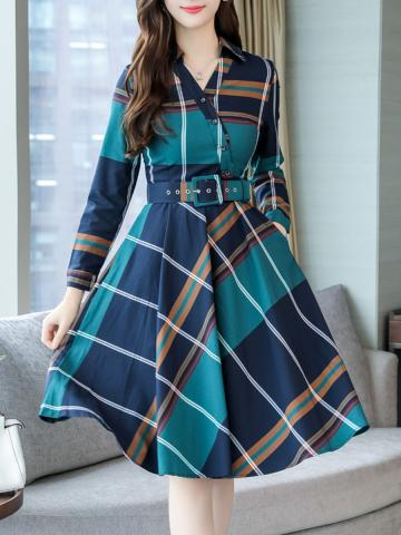 Fold-Over Collar  Patch Pocket  Plaid Skater Dress