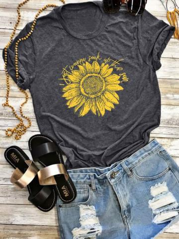 I Just Wanna Soak Up The Sun T-Shirt Tee